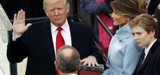 В США прошла инаугурация Дональда Трампа. Первые указы, первый танец и наряды первой леди обсуждают во всем мире