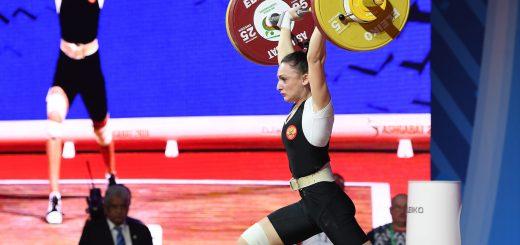 Светлана Ершова стала семнадцатой на ЧМ по тяжелой атлетике в Ашхабаде.
