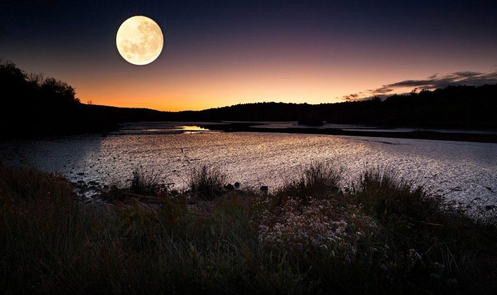 луна полнолуние