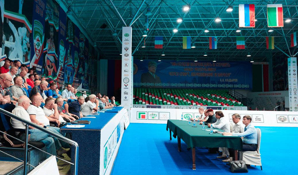 ТРАНСЛЯЦИЯ. 🔴   Первенство России по тяжелой атлетике среди юниоров 15-18 и 19-20 лет пройдет с 1 по 10 ноября 2021 года в г.Грозный